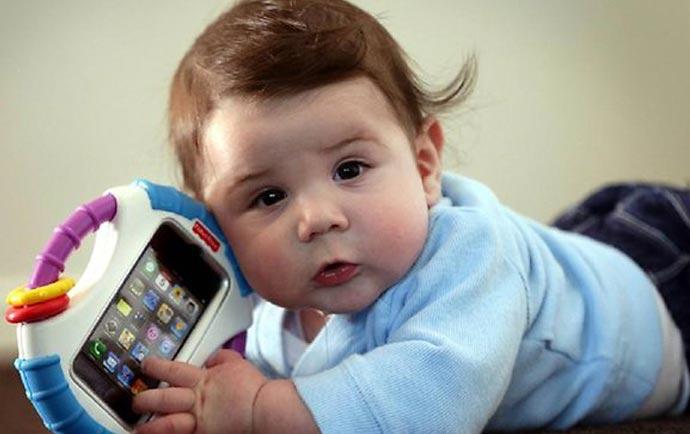 راهنمای خرید گوشی مخصوص کودکان